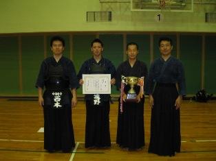 130623_団体戦優勝(本社チーム).JPG