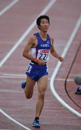 2014_日本選手権(10000m:岡本).jpg