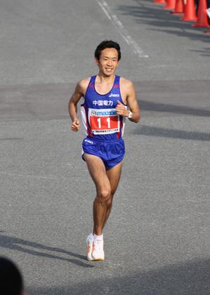110131_梅木選手インタヒ゛ュー2(防府マラソン.jpg