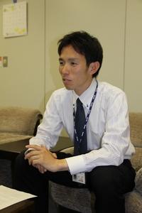 20110516_21インタビュー新井1.jpg